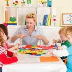 ¿A qué edad debo llevar a mi hijo a la guardería?