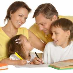 Cómo ayudar a los niños con los deberes escolares