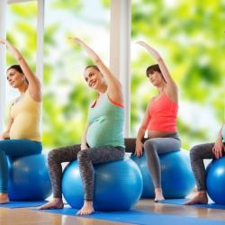 ¿Se pueden hacer abdominales en el embarazo?