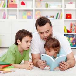 Mi hijo pide que le lea el mismo cuento una y otra vez