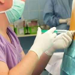 ¿Cuánta dilatación es necesaria para la colocación de la anestesia epidural? ¿Es dolorosa la punción?