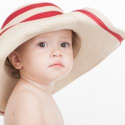 Bebés lactantes al sol: no