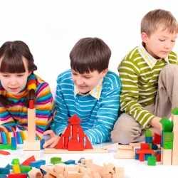 Juguetes infantiles. Sus efectos en el desarrollo social y emocional de los niños