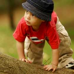 La autonomía física y emocional de los niños y bebés