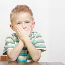 El mal aliento en los niños
