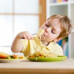 Buenos hábitos de alimentación en los niños