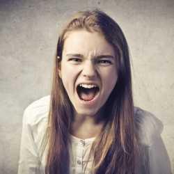 Conducta agresiva en los niños: comportamiento violento