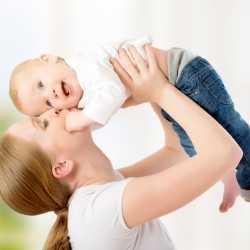 Jugar con los bebés menores de un año