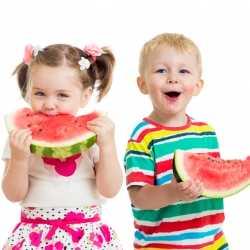 Alimentación para los niños durante el verano