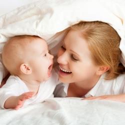 Las emociones del recién nacido: de la risa al llanto