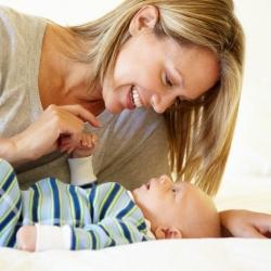 La estimulación auditiva ayuda al bebé a adquirir el lenguaje