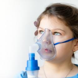 Los niños asmáticos y el tráfico de la ciudad