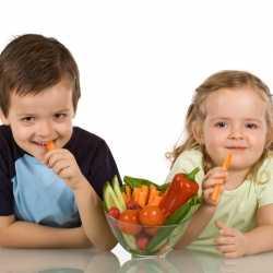 ¿Qué sentido tiene dar premios a los niños para que coman?