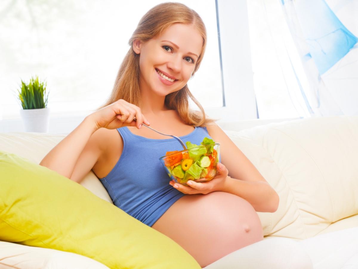 pesadez estomacal sintoma embarazo