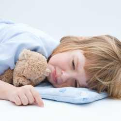 ¿Por qué los niños mojan la cama?