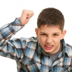 ¿Cómo corregir la conducta de los niños tiranos?