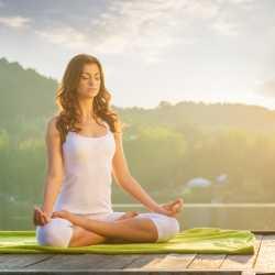Yoga: recupera tu forma física en el posparto